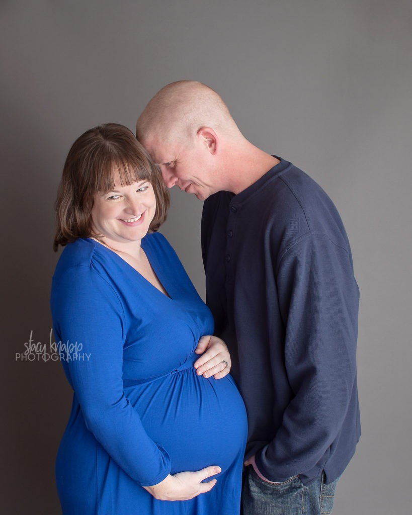 Maternity photography session with mommy and daddy
